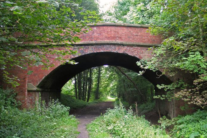 Wykeham Lane Bridge looking east